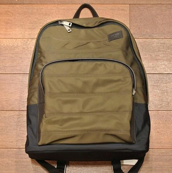 jackspadebackpack2-100